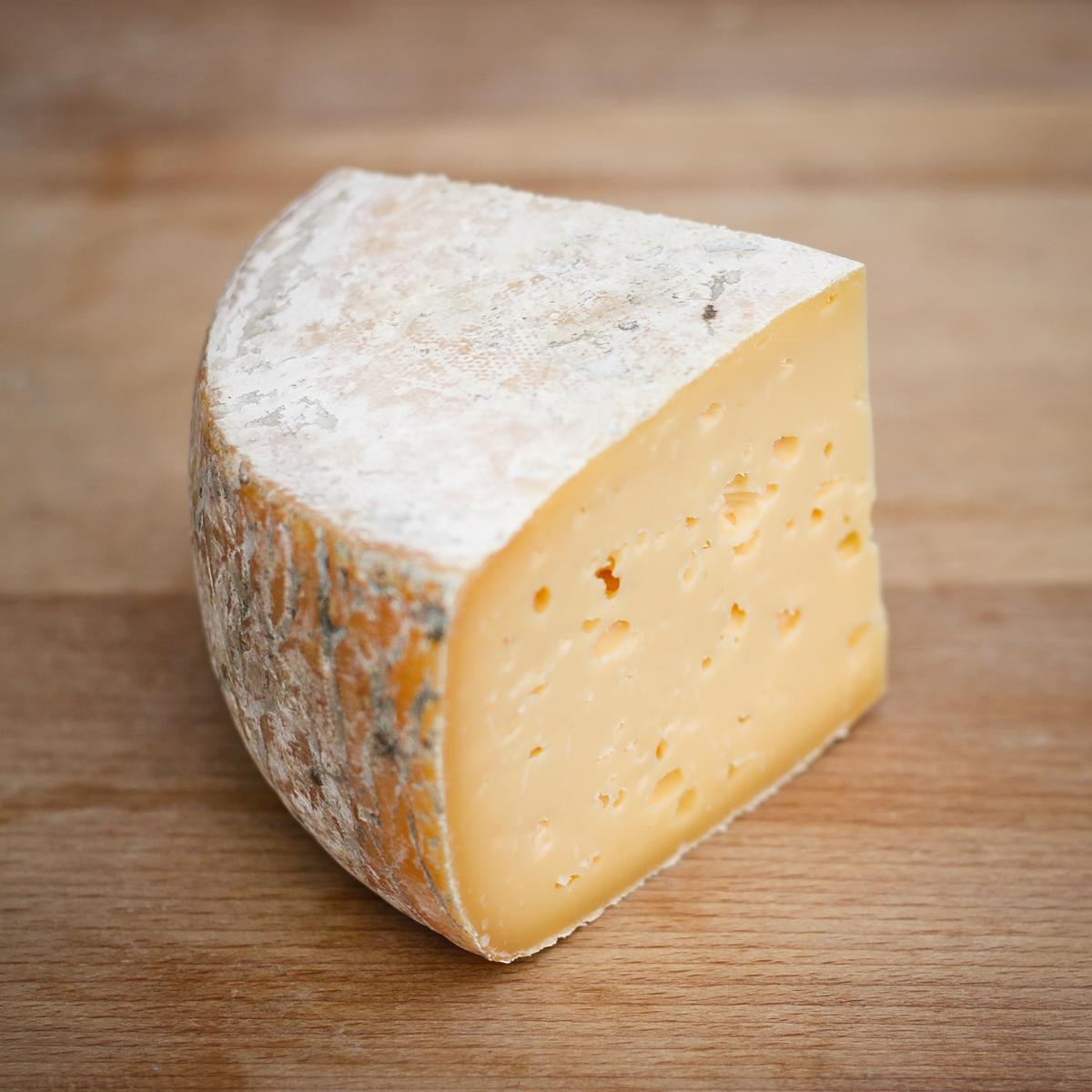 Parlour Made Mordon Isle Cheese